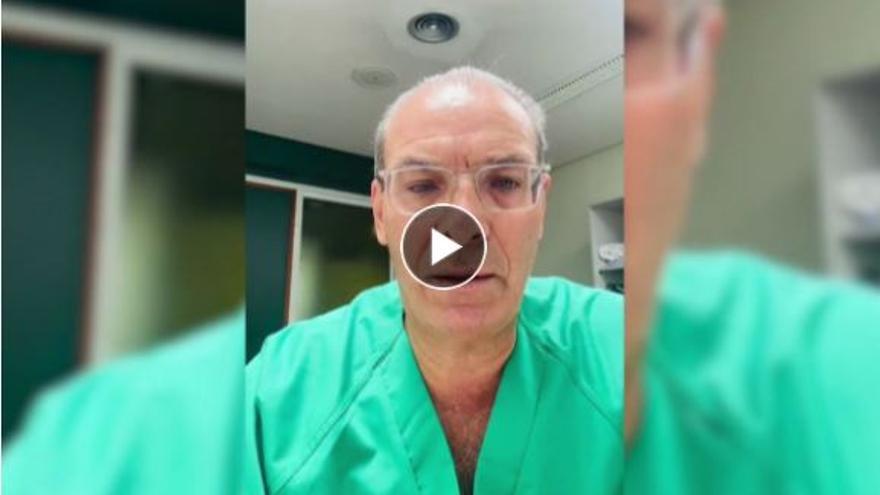 Un metge de les Canàries: «Aquest vídeo l'hi vaig prometre a un pacient a qui he intubat: si us plau, vacuneu-vos»