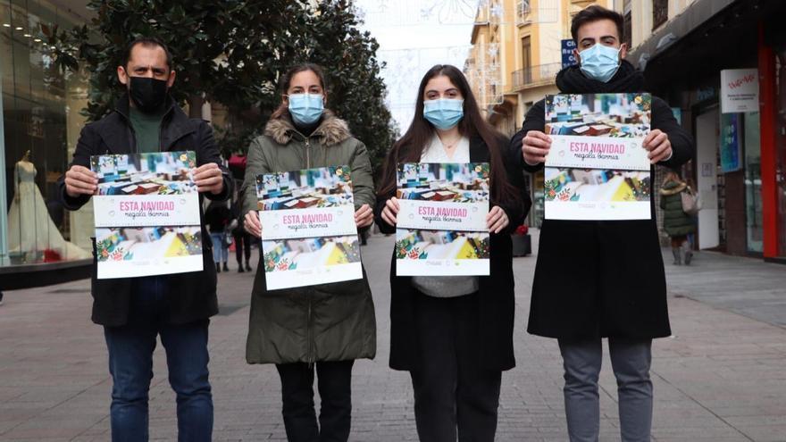 IU y Podemos piden a las administraciones ayudas para el comercio de cercanía