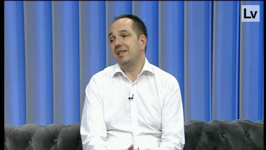 El alcalde de Aldaia, Guillermo Luján, responde a las preguntas de Levante TV