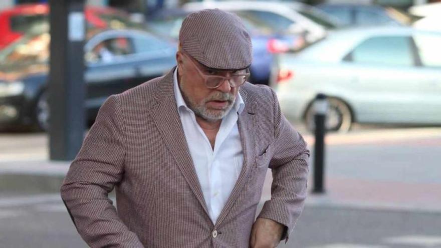 Investigan si Villarejo vendía documentos policiales desde prisión ayudado por su esposa