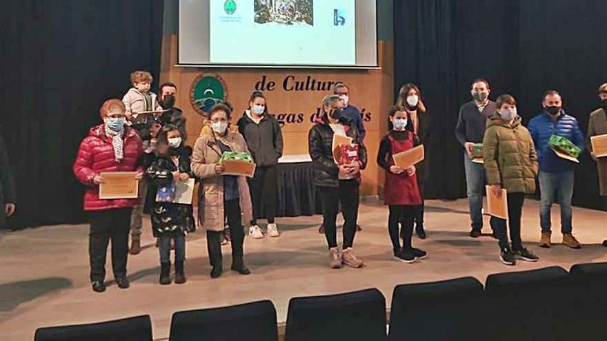 El belén de la iglesia de Cangas se lleva el premio del concurso local