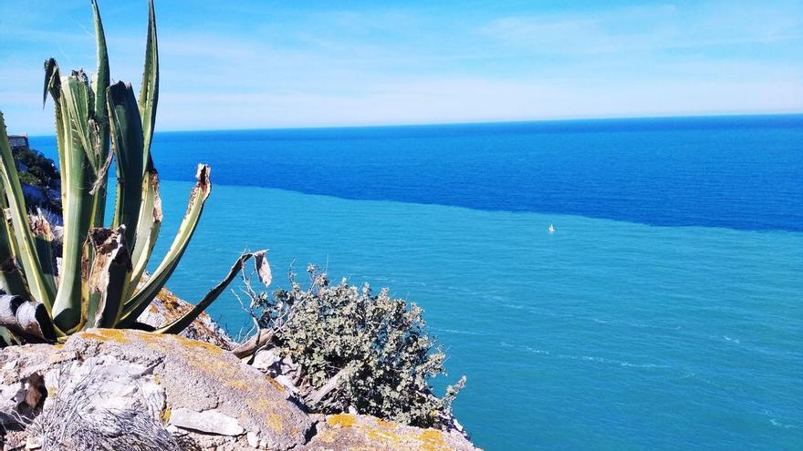 Espectacular contraste de azules en el mar en Xàbia y Dénia