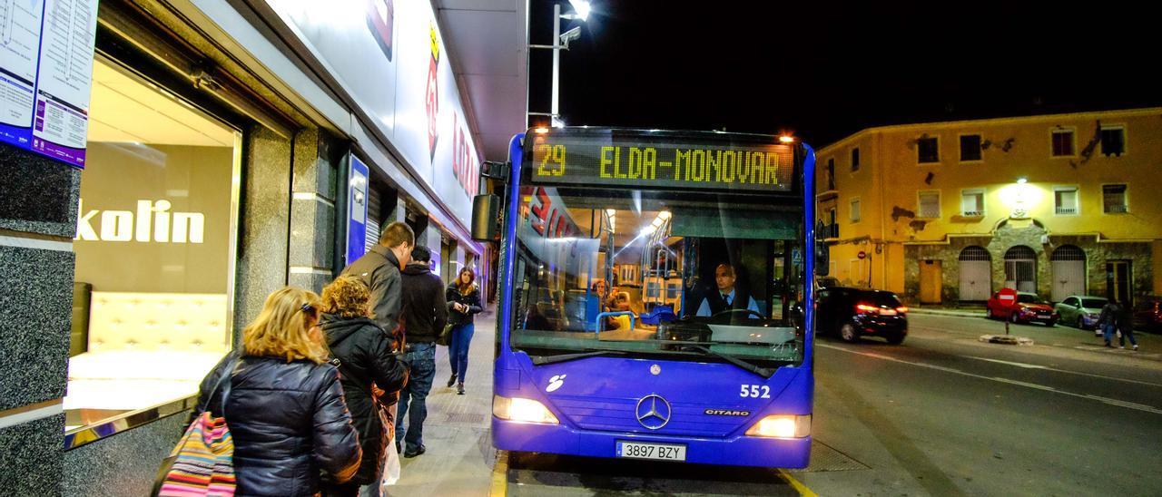 El Ayuntamiento de Elda quiere impulsar el uso del transporte público interurbano.