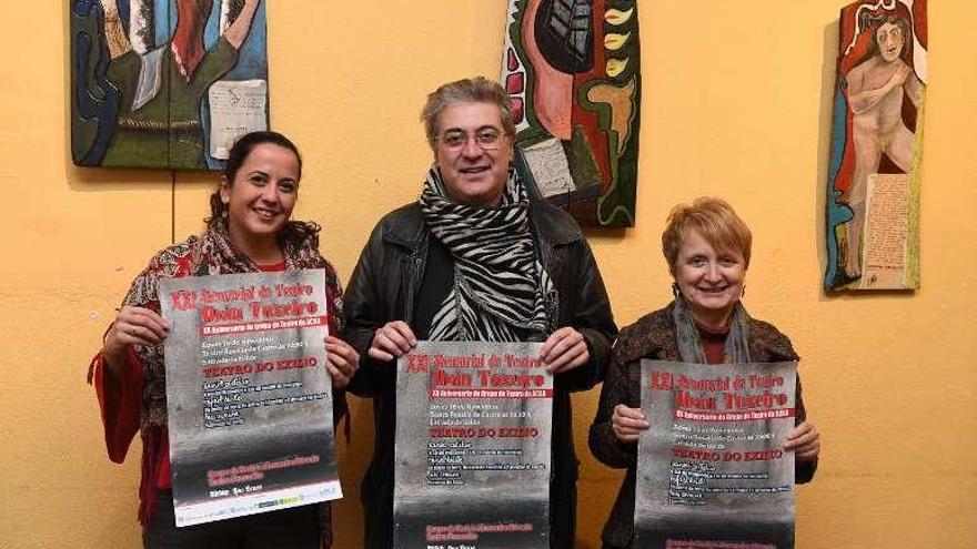 Teatro en el exilio por el XX aniversario