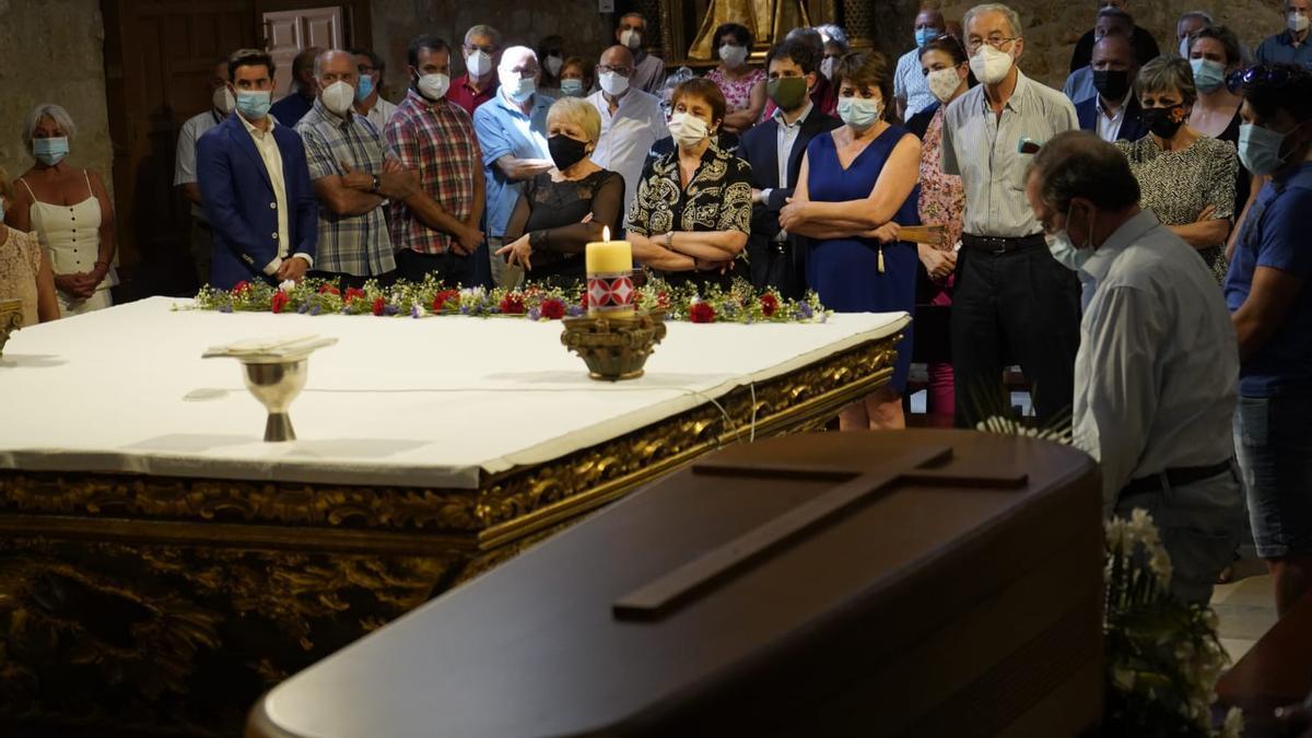 Funeral por Emilio Petisco en la iglesia de San Frontis