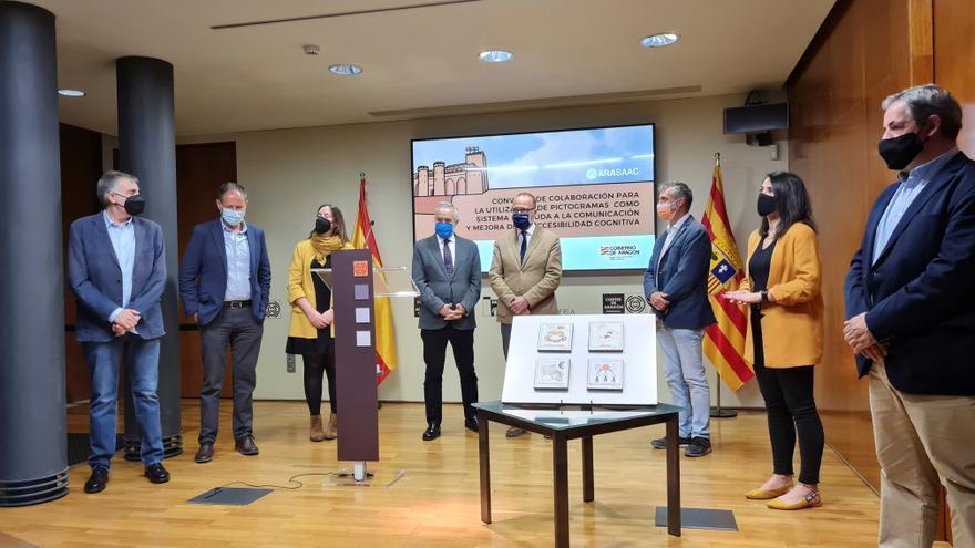La Aljafería, primer Parlamento en mejorar su accesibilidad con pictogramas
