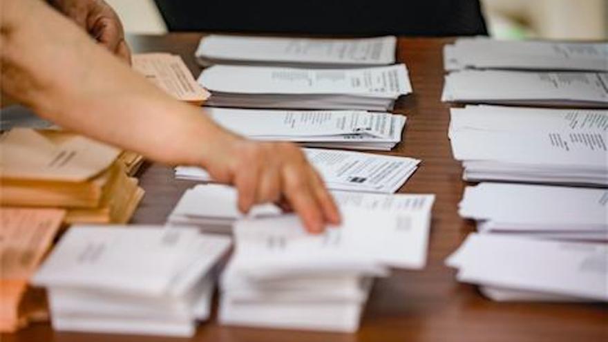 Neuwahlen: Spanien wählt viertes Parlament binnen vier Jahren