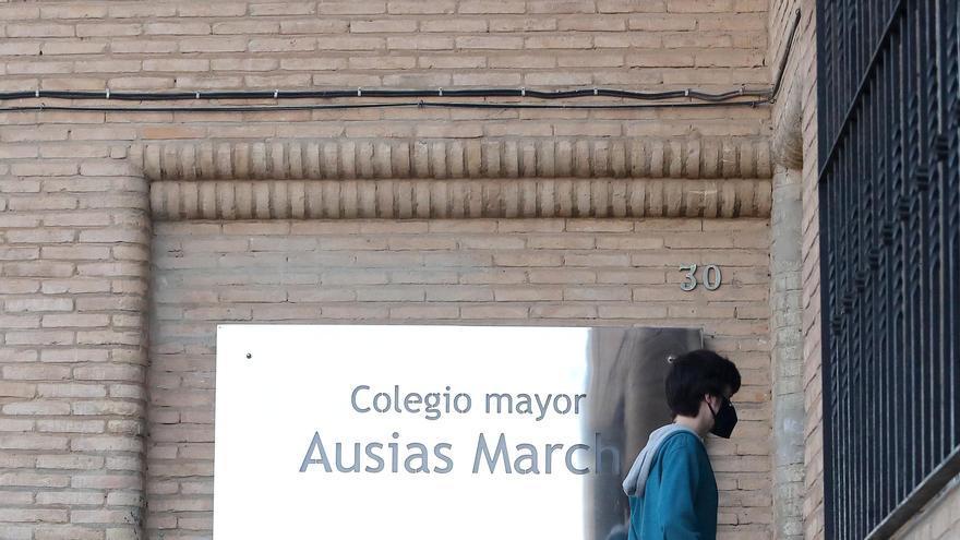 Sanitat ordena el confinamiento de la residencia Ausias March tras el brote de coronavirus