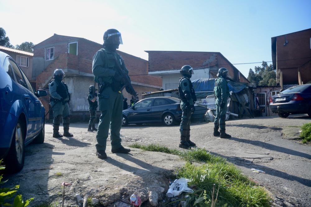 Narcotráfico en Galicia | Varios detenidos en una redada contra el menudeo de droga en O Vao