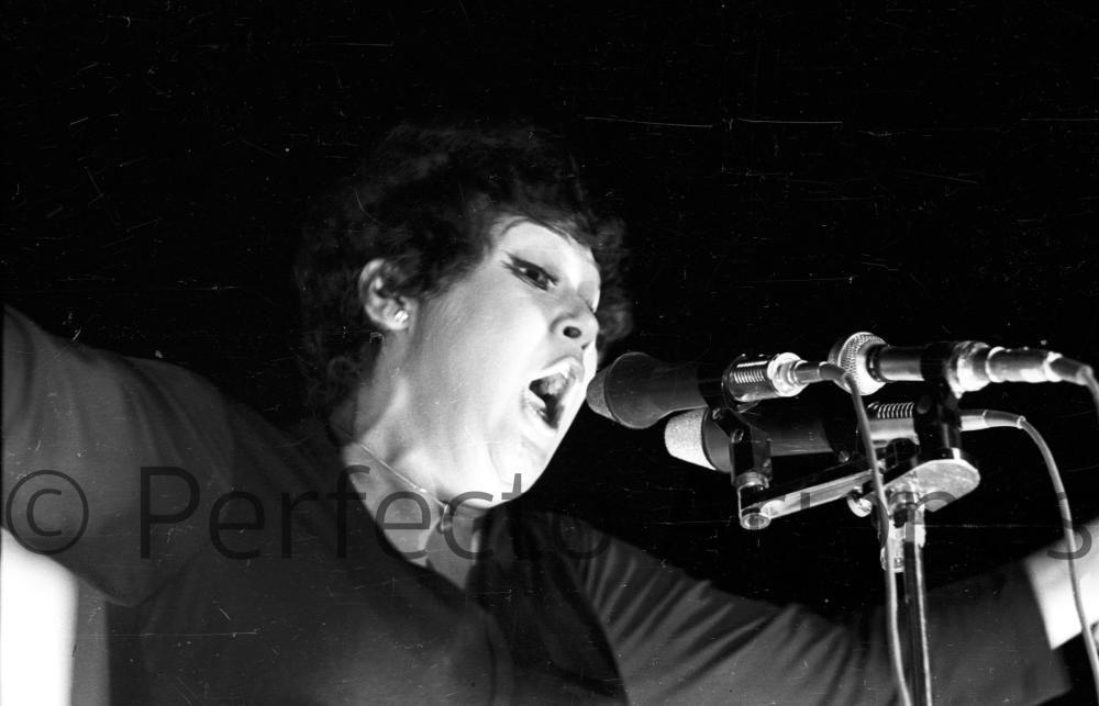 OLGA GUILLOT, ARTISTA INVITADA EN EL FESTIVAL DE LA CANCIÓN DE BENIDORM DE 1971.