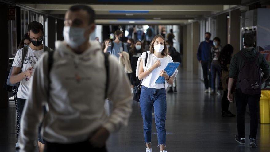 Uno de cada cuatro universitarios extremeños abandona los estudios