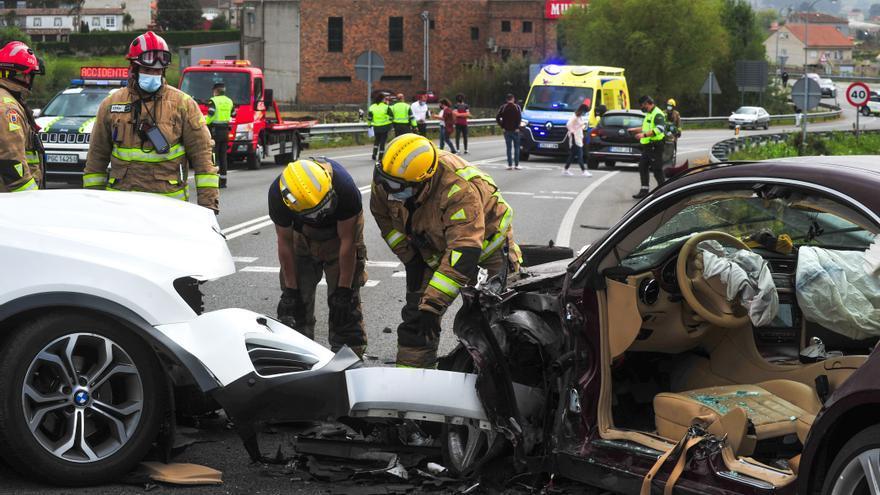 Grave accidente de tráfico en Cambados