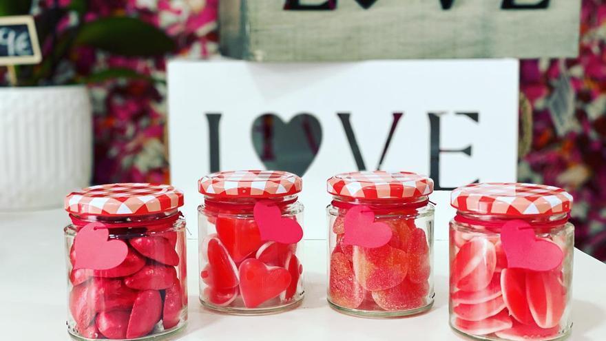 Cinco regalos personalizados para triunfar en el Día de los Enamorados