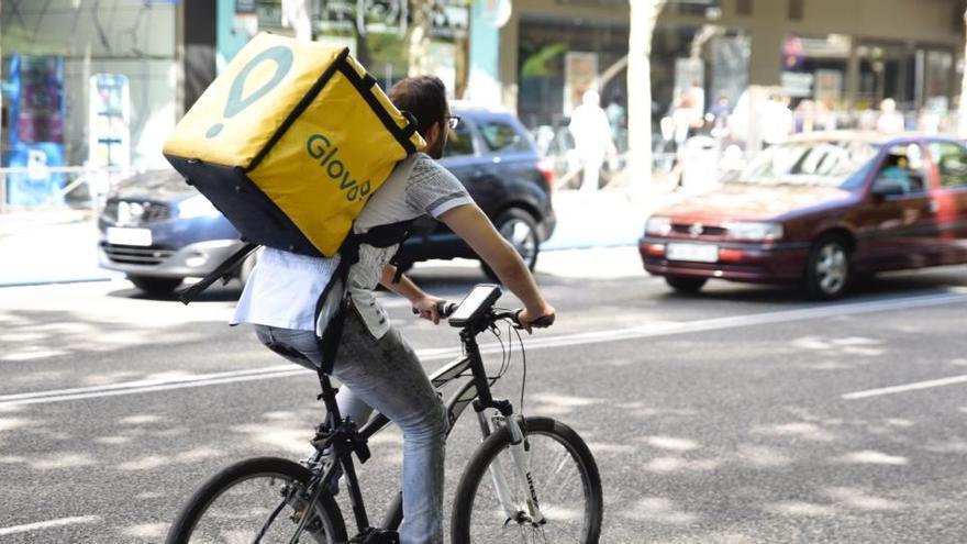 """""""Una persona que va en bicicleta no es un emprendedor"""", dice Trabajo"""