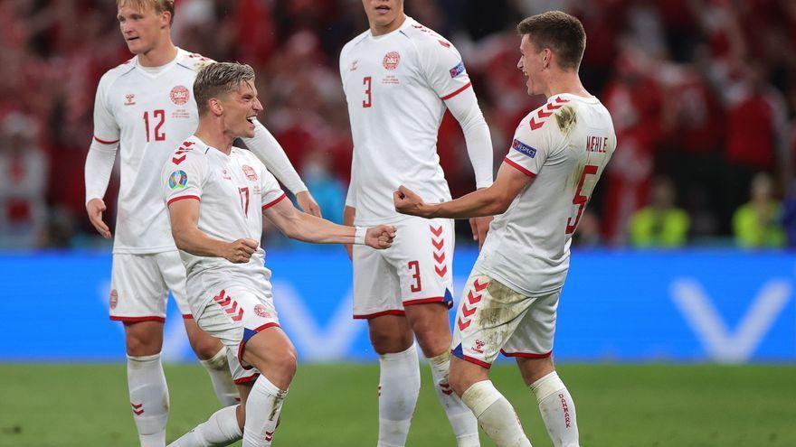 Dinamarca saca la garra en el último partido y deja fuera a Rusia