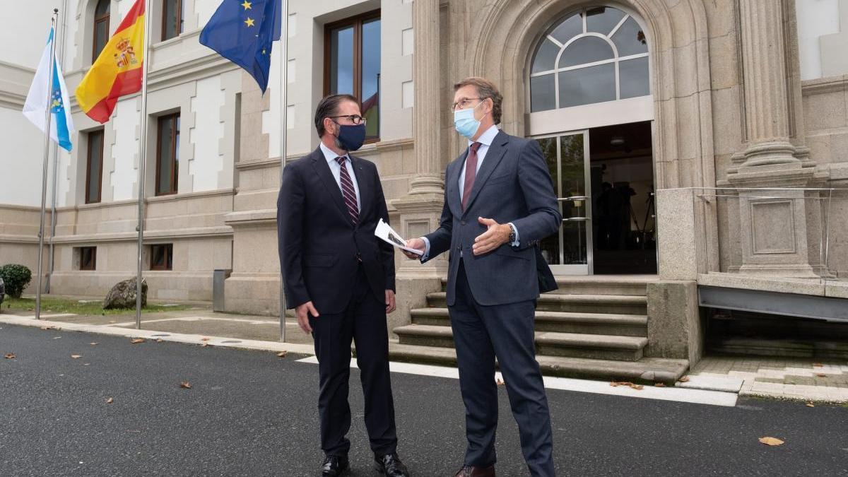 Feijóo, tras reunirse con el alcalde de Ferrol esta mañana.