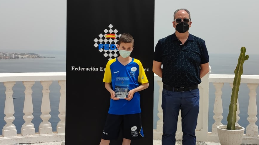 El avilesino Lionel Sierra, plata en el Campeonato de España de ajedrez sub-12