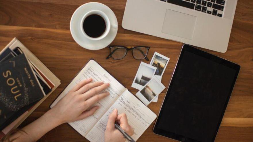 La escritura nos define socialmente