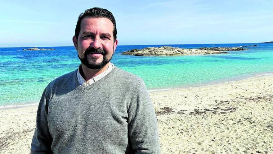 Antonio J. Sanz, conseller de Formentera: «Hay que lograr el equilibrio entre turismo y medio ambiente»
