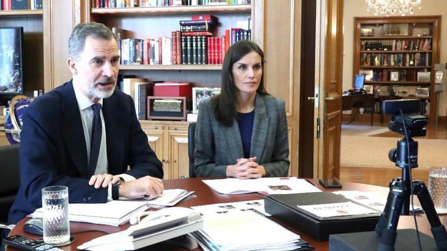Els reis han conversat amb els responsables de l'hospital Sant Joan de Déu de Manresa