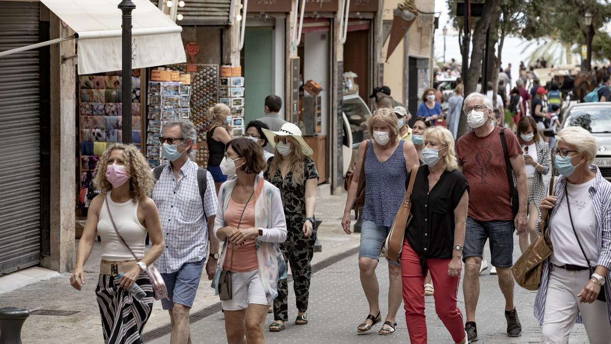Turistas por el centro de Palma