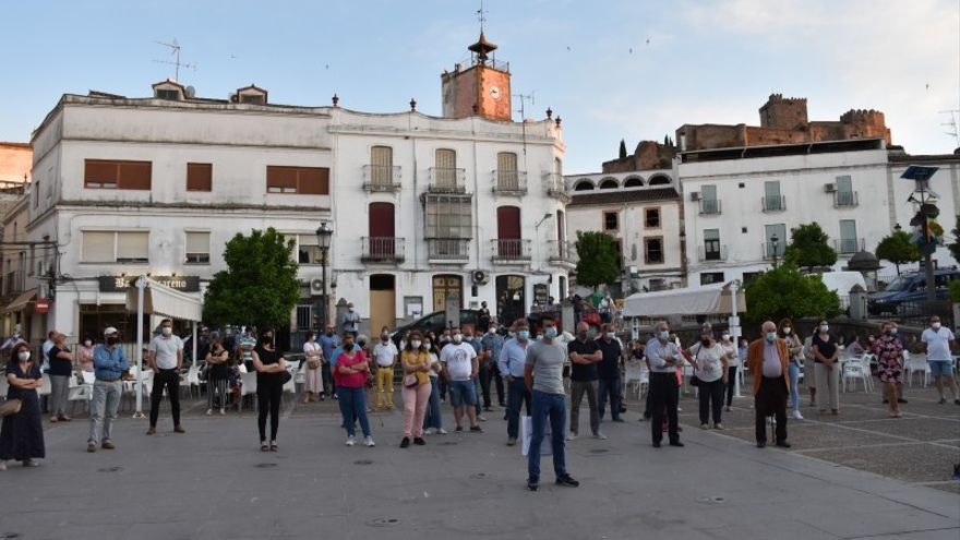 200 trabajadores municipales de Alburquerque siguen sin cobrar sus nóminas