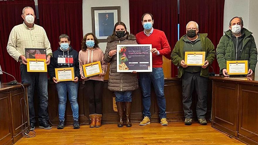El Grupo Antivelutina de Pravia, distinguido por el Ayuntamiento