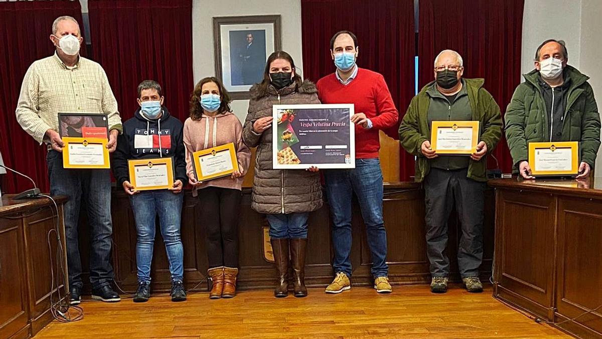 El Grupo Antivelutina de Pravia, distinguido por el Ayuntamiento | S. A.
