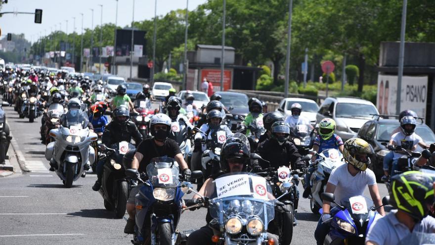 Centenares de motos recorren Córdoba para exigir mayor seguridad vial
