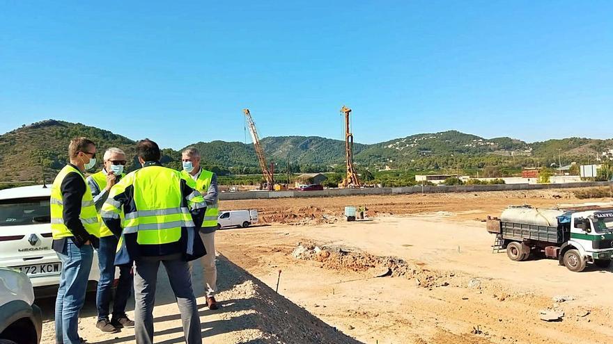 La construcción del enlace sur anima  a grandes empresas a invertir en Oliva