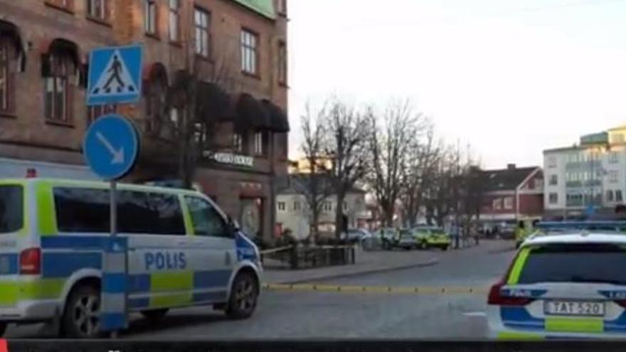 Presumpte atemptat terrorista a Suècia amb arma blanca que ha deixat almenys vuit ferits