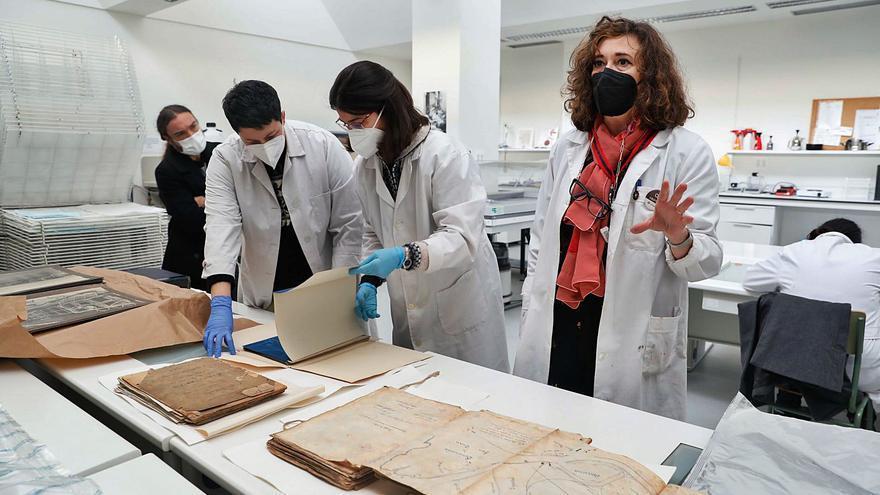 El patrimonio documental de la ría de Avilés, a salvo