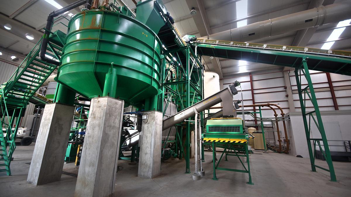 Interior de la planta de biometanización de Cogersa.