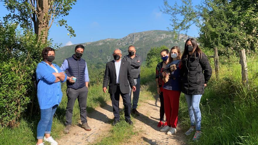 Las primeras obras del macrocontrato de caminos se harán en Limanes, Faro y Olivares