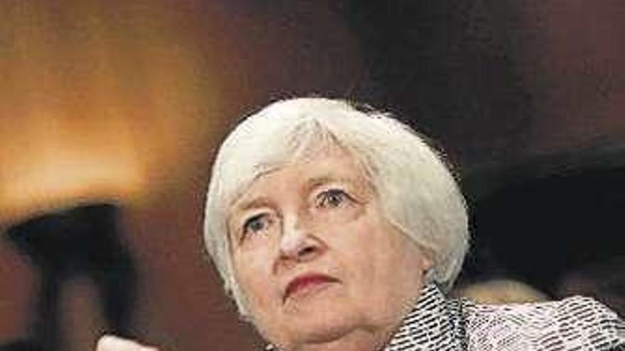 Yellen advierte a Trump de los riesgos de la desregulación financiera