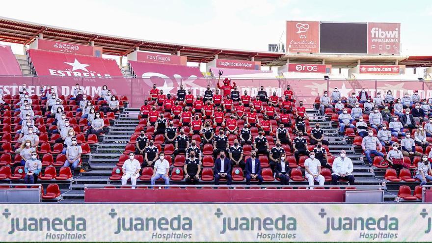 El making-off de la foto oficial del Mallorca para la temporada 2020/21