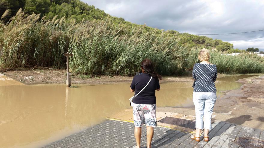 Las intensas lluvias en Ibiza provocan desprendimientos e inundaciones