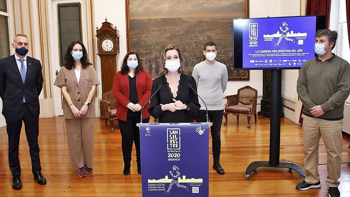 Organizadores y patrocinadores, en el acto de presentación en María Pita.    // LA OPINIÓN