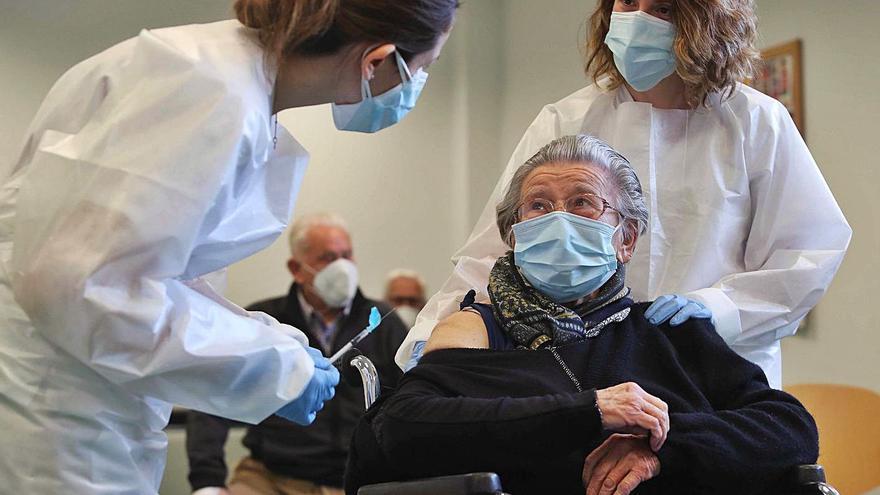 """""""La vacuna nos da tranquilidad, hasta ahora era un sinvivir"""""""