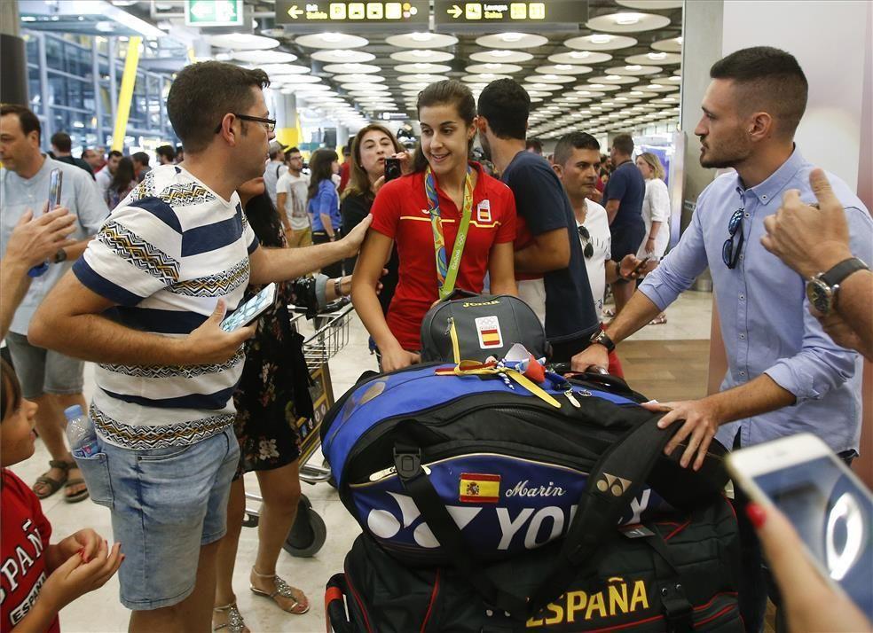 FOTOGALERÍA / Llegada de la delegación española de Río