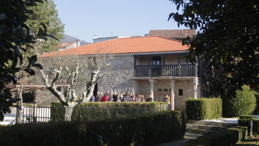 Galicia celebra el 183 aniversario de Rosalía de Castro