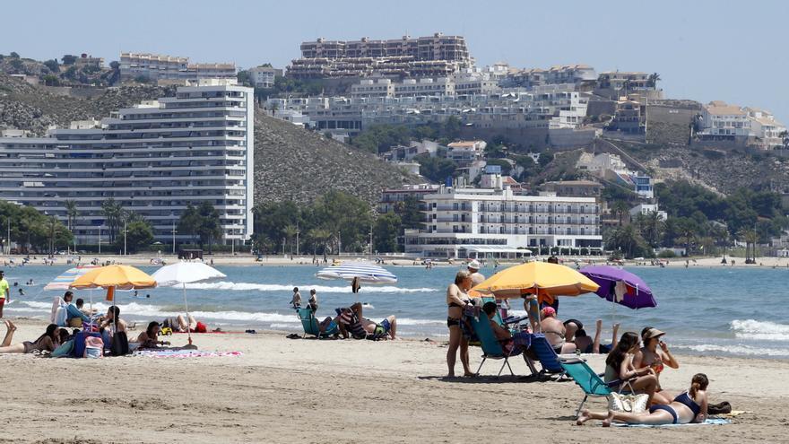 Cullera cierra las playas y el paseo marítimo el fin de semana