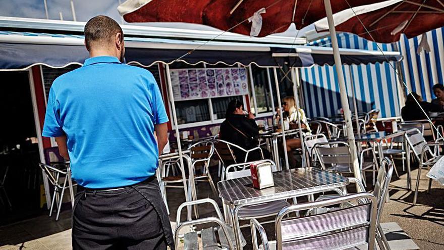Urbanismo precinta hoy el restaurante de la Cofradía de Pescadores de San Andrés