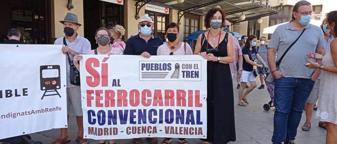 Manifestación esta mañana en Camporrobles