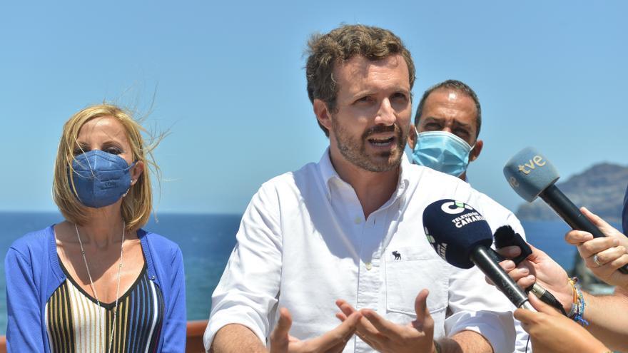 Casado utiliza a Armengol para exigir a Sánchez una ley de pandemias