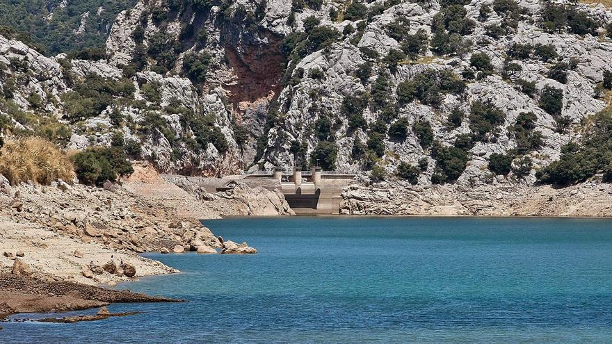 Las reservas hídricas de las islas caen un 25% respecto al 2020