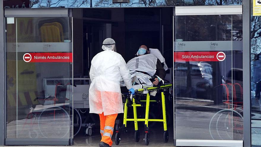 La pandemia bate un nuevo récord con 7.497 contagios en un solo día