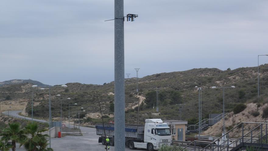 Podemos y el Consorcio Mare acuerdan una comisión de seguimiento para las obras de la planta de residuos de El Campello
