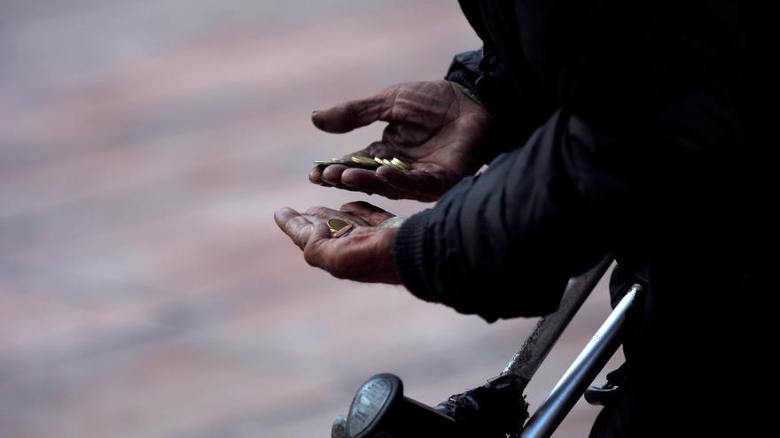 Casi 6 de cada 10 familias monoparentales de la Región viven en riesgo de pobreza
