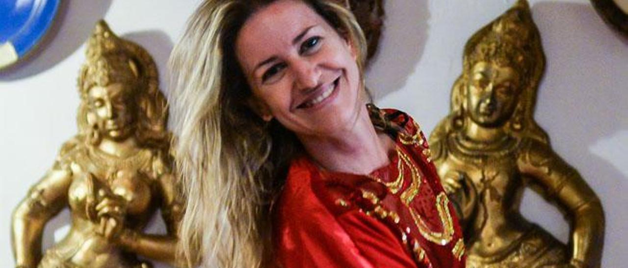 Sandra González, el lunes, en la sede de la Asociación Danzarinas de Las Palmas.